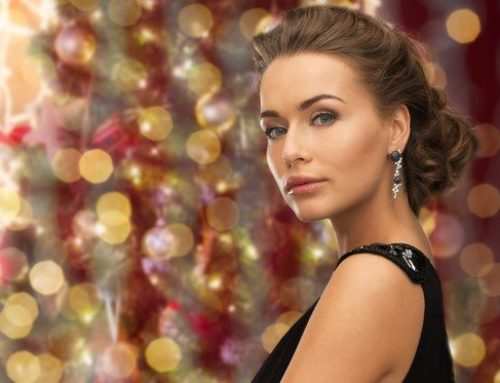 Red-Hot Holiday Makeup Tips